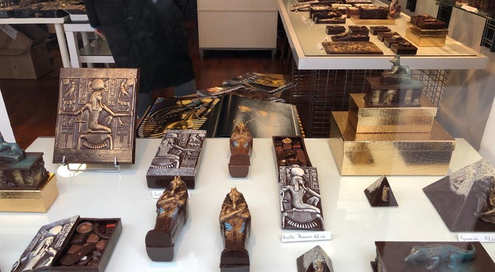The French passion King Tutankhamun and  made the chocolate  in the shape of his face