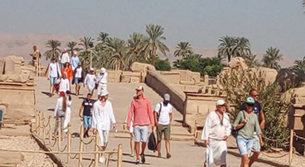 Karnak Temple received today its first groups of tourists.